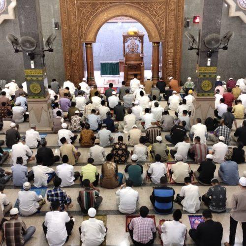 Apakah Sholat Jum'at Adalah Hajinya Fuqoro?